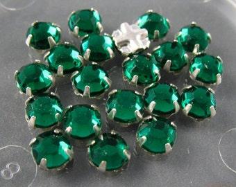 Vintage Rose Montee  4.75 mm Emerald Green