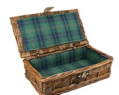 Woven Wicker Basket Small Picnic Basket Green Plaid Lining Hinged Lid Small Wicker Chest Basket Case