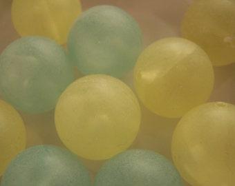 FREE SHIPPING - 13 pcs Large Rubberized Acrylic Beads (#1313)