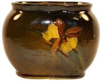 McCoy Pottery Loy-Nel-Art Iris Pillow Vase