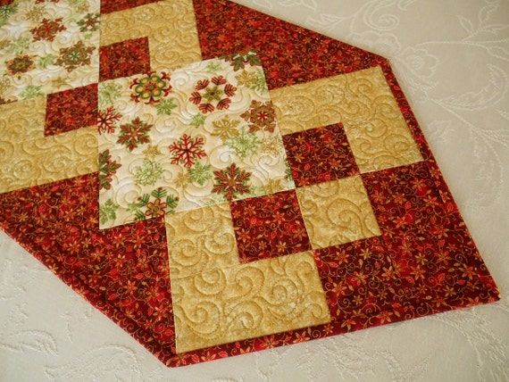 Christmas Table Runner in Red Green and Gold Snowflakes, Quilted Christmas Table Topper, Christmas Table Mat, Quiltsy Handmade
