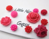 Fancy Push Pins Thumbtack Flowers set, Office Decor, Cork Board, Cute Pins, Dorm Room pink red