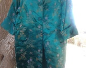 Vintage Green Silk Embroidered Women's Long Robe Sleepwear Pajamas Size Medium Excellent Condition
