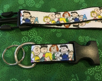 Peanuts Gang with Snoopy and Charlie Brown Keychain Lanyard with removable key chain end