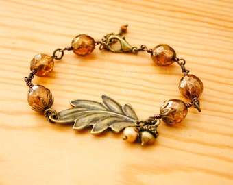 Leaf Charm Czech Glass Beaded Bracelet - Acorn charm, Fall, Autumn, Nature Inspired Jewelry