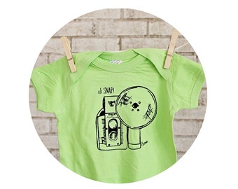 Camera Baby Onepiece, Infant Creeper, Oh Snap Camera Baby Bodysuit, Key Lime Green, Cotton Clothing,  great photographer baby shower gift