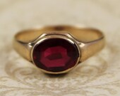 Vintage 10k Gold Oval Synethic Red Ruby Ring Size 11.5