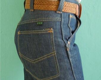 SALE 20% OFF coupon code FALLFORWARD16 ~ vintage 70's dead stock high waist sanforized dark denim jeans