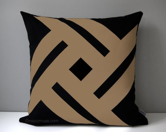 Black & Camel Brown Outdoor Pillow Cover, Modern Throw Pillow Cover, Decorative Brown Sunbrella Pillow Cushion Cover, Masculine Pinwheel