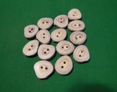 14 Antler Buttons lot 102