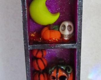 Halloween miniature decoration Haunted Cabinet