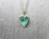 Tiny Raw Apatite Heart Silver 10K Yellow Gold Necklace Cute Boho Summer Rough Blue-Green Gemstone Crystal Pendant Gift Idea - Wasserherzchen