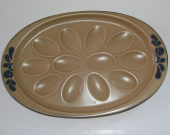 Pfaltzgraff Brown and Blue Folk Art Pattern Deviled Egg Oval Pottery Plate, Serving Tray, Country Picnic, Lodge Plate,  12 Half Eggs,