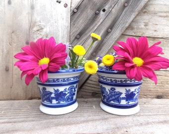 Vintage Vases Blue Country Farm Instant Collection Set of Two