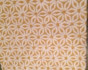 "Gold Hofmann Daisy Vintage Chenille Bedspread Fabric 21.5""x19"""