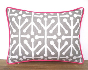 Gray outdoor pillow cover 16x12, small pink lumbar pillow piping, pink outdoor pillow for lounge chair gray and pink, geometric cushion