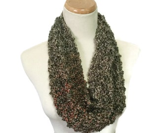 Green Cowl, Hand Knit Cowl, Knit Scarf, Cowl, Infinity Scarf, Fashion Accessory, Women's Scarf, Circle Scarf, Christmas Gift