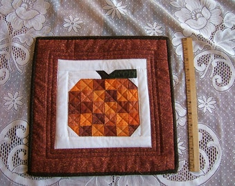 Pumpkin Insulated Table Mat (Item #65)
