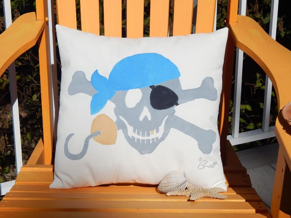 "Outdoor pillow BANDANNA PIRATE 20"" (50cm) your color choice Jolly Roger skull crossbones plunder swashbuckler bones"