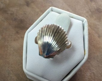 Sterling Silver Artisan Shell Ring Size 6 1/2