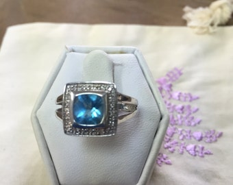 Blue Topaz and Sterling Silver Ring Size 7 1/2 Vintage