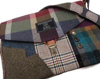 Womens Messenger Bag, laptop Messenger Bag , Messenger bago Laptop Sleeve, tote bag, Recycled Suit Coat, Upcycled bag