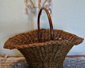 Wicker Basket Tote - Wood Handle Tote - Farmhouse Basket - Wedding Basket - Photo Prop - Rustic Country - Home Decor Basket