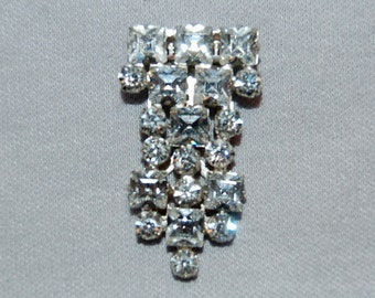 Vintage / Square Cut / Rhinestones / Dress Clip / CLEAR / Bridal / Wedding / Art Deco / SPARKLING / old jewelry