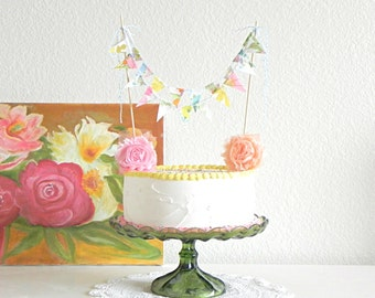 Vintage Floral Print Fabric Bunting Cake Topper Decoration / Romantic and Handmade Garden Wedding / Vintage Cake Topper