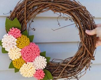 Modern spring wreath,wool felt flower wreath,window wreath, grapevine wreath,home decor, felt wreath, spring wedding, summer wedding