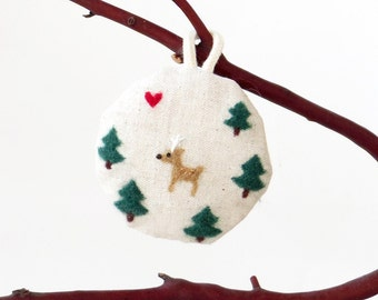 Fabric ornament, needle felted Christmas trees and deer on linen, xmas decor, small gift