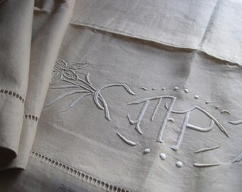 Heavenly unused antique French pure linen sheet, comfortable bedding fabric or great curtain, tablecloth, blind, throw