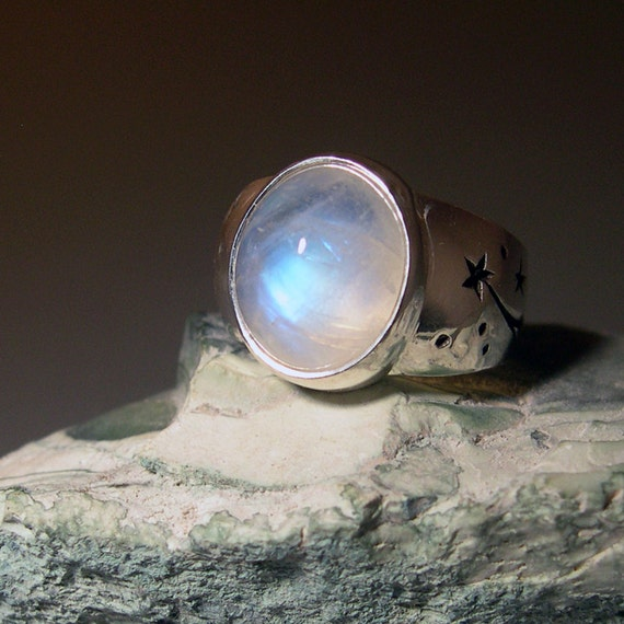 moonstone rings with stars - photo #8