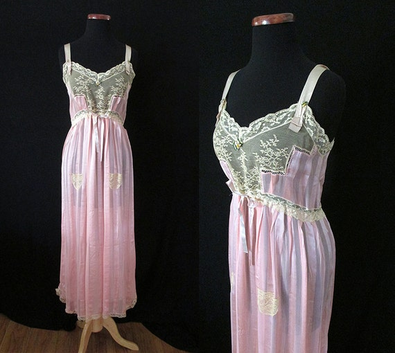 Exquisite 1920's Silk and Lace Nightgown Old Hollywood Glamour Starlet Vintage Lingerie  Pinup Girl Rockabilly VLV Size-Medium