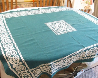 Vintage Tablecloth Heavy Woven Cotton - Deep Green and White - Reversible Weave -