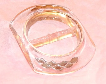 Vintage clear Acrylic / Lucite Belt Buckle with Silver Fish Scale Design, Scalloped design accent