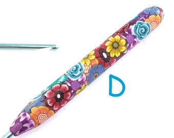 Susan Bates, D 3/ 3.25mm, Polymer Clay Covered Crochet Hook, Flower Design