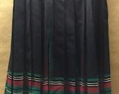 "Pendelton Skirt Size Medium 32"" Waist Red & Green Plaid Pleats Christmas Skirt Vintage Pendleton"