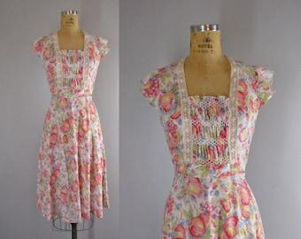Vintage 1970s Dress /  70s Floral Print Dress by Plain Jane, San Francisco / Fruit and Flowers 70s Sundress