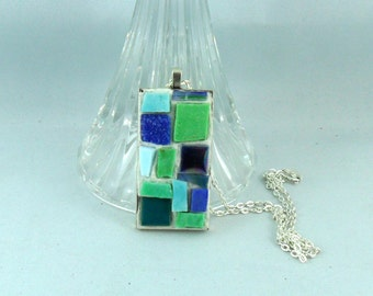 Pendant - Tile - Glass Art - Glass - Mosaic Art - Mosaic Pendant - Jewelry lover gift - Jewelry - Pendant and chain - Mosaic