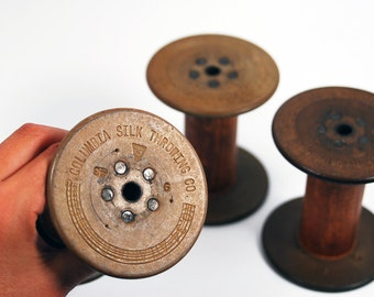 3 Vintage Bobbins - Spools -  Beige-green disks -  use for photoshoots and store your yarns with style - OOAK