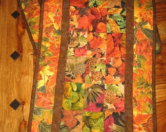 Fall Quilted Table Runner, Gold Orange Brown Green Leaves Fall Tablerunner, Autumn Earth Tone, Reversible Fall Autumn Decor