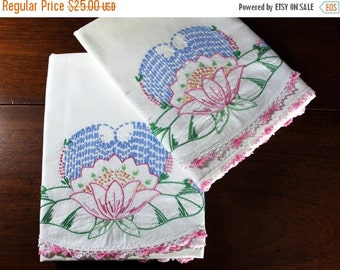 Vintage Pillowcase Pair - Embroidered Pillow Cases or Slips 12049