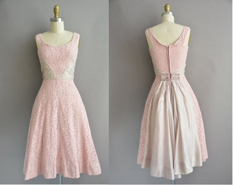 50s pink cotton lace vintage full skirt dress / vintage 1950s dress