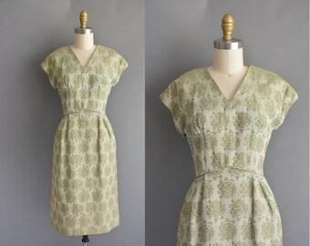 vintage 1950s dress / 50s Leslie Fay green rose vintage dress