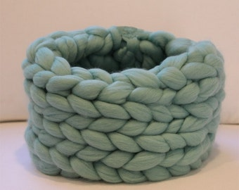 Super Chunky Infinity Cowl Scarf.  Aqua Merino Wool.  Knit Scarf