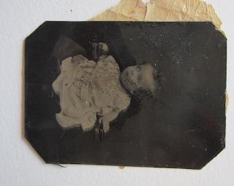 antique tintype photo - BABY - tt583