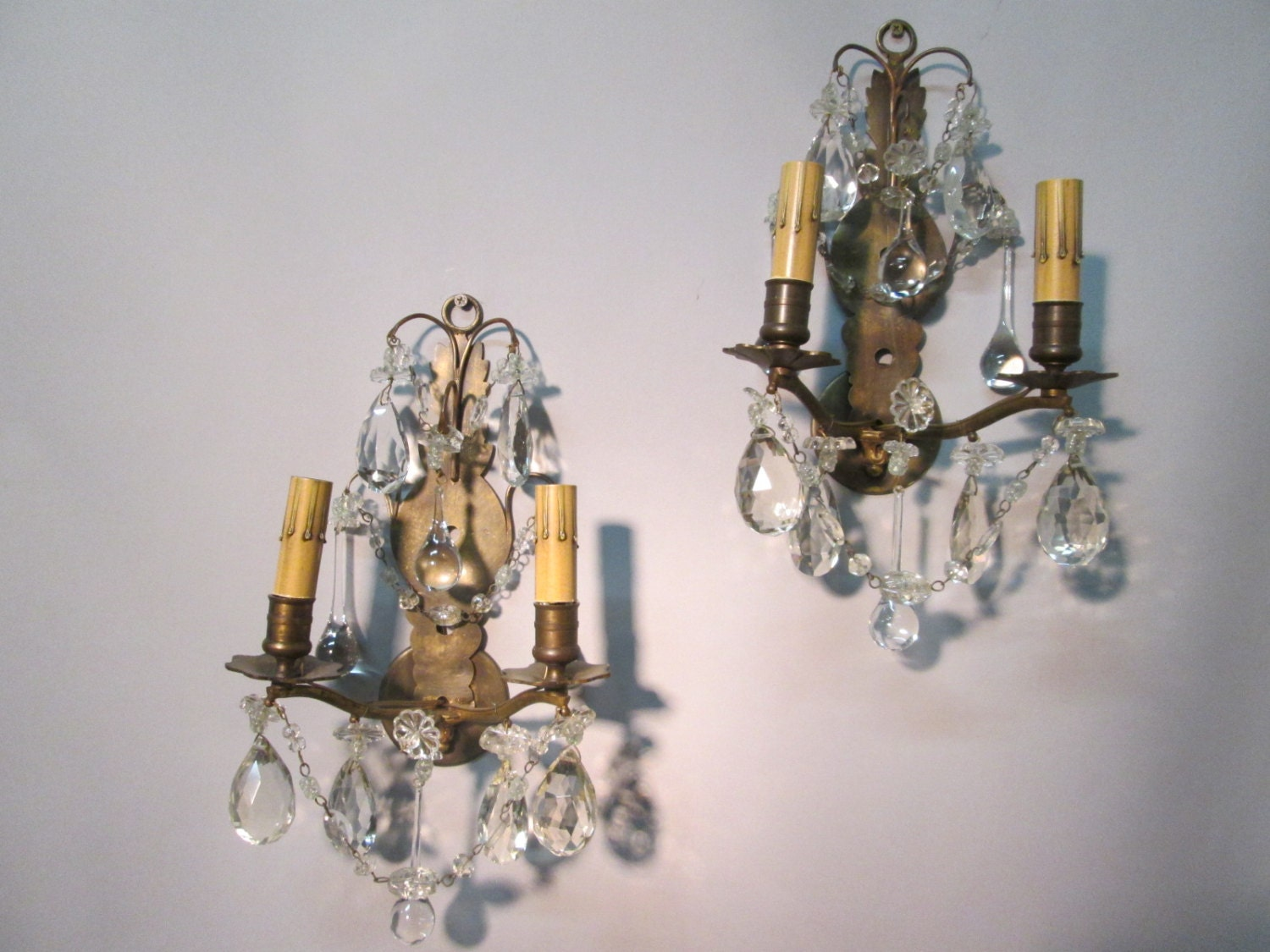 Vintage Antique Pair French Bronze Wall Sconce Lights with