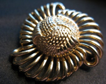 Awesome Vintage 1960's Flower-Power Groovy Stylized Atomic Flower Pin/Brooch