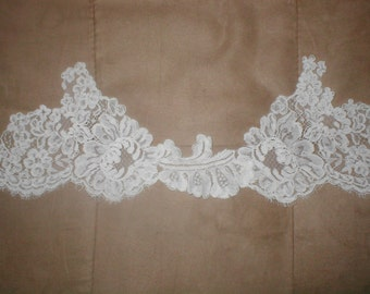 Ivory French Alencon Lace Border Trim